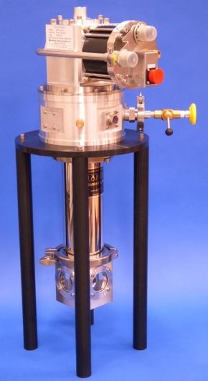 SHI-4-5 0.5 Watt 4 K Optical Cryostat