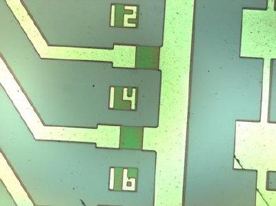 Integrated circuit as seen through a CRAIC Technologies microspectrophotometer