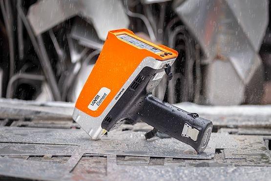 Vanta™ Element Handheld XRF Analyzer