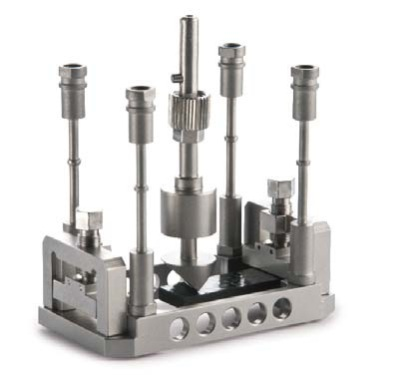 Sample holder for bending of composites