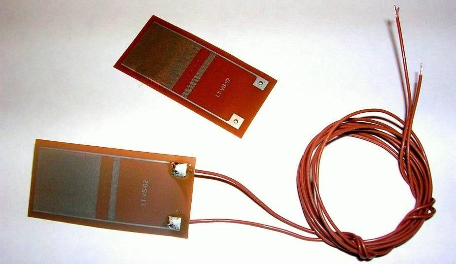 Mini-Varicon disposable sensor.