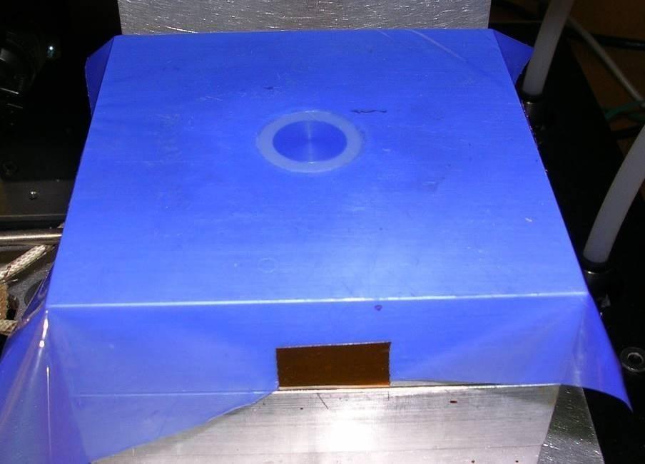 1? Single Electrode Sensor in press platen with HTF-621 release film.