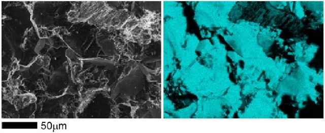 Secondary electron image (left) and a silicon EDS map (right) of a sandstone fracture surface.