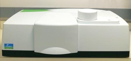 LAMBDA 1050 with universal reflectance accessory (URA).