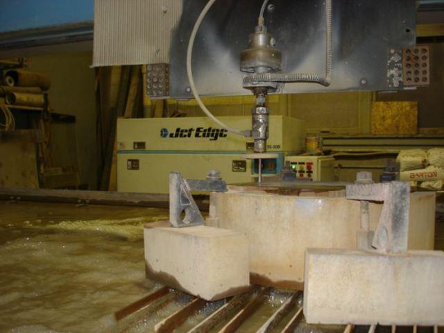 Advantages of Using Jet Edge Abrasive Waterjet System