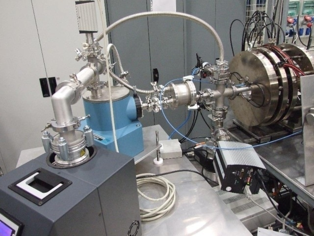 A view of the experiment with time resolved Langmuir probe and VUV spectroscopy diagnostics