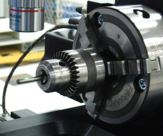 Measurement of small cylindrical corrosion coupon on an NPFLEX.