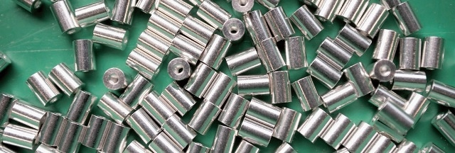 Nickel electroplating is used for connections, plugs, contacts, etc. A highly uniform coating thickness is not essential in these areas.