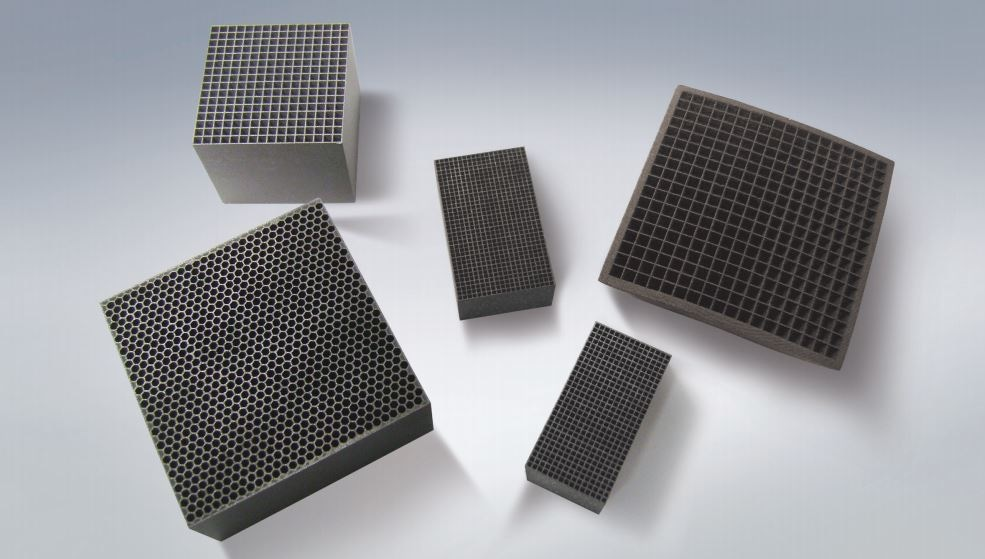 Due to their partnership with rp+m, H.C. Starck can also provide 3D printed components as well as the raw materials for additive manufacturing.