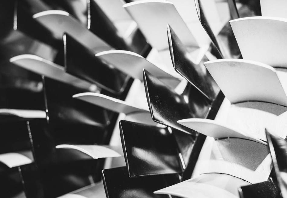 Additive manufacturing can be used to create complex, continuuous geometrical parts such as those found in aeroplane turbines.