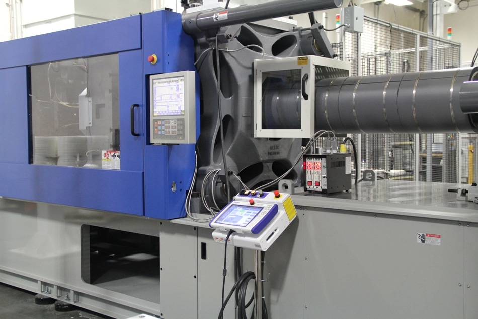 Three new 500-ton molding presses are robotically equipped.