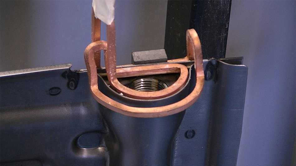 Heat exchanger connection element