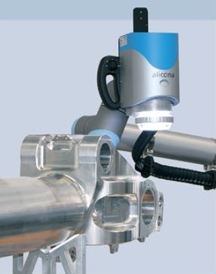 The DiscCobot is used for the quality assurance of turbine discs that weigh up to 120 kg.