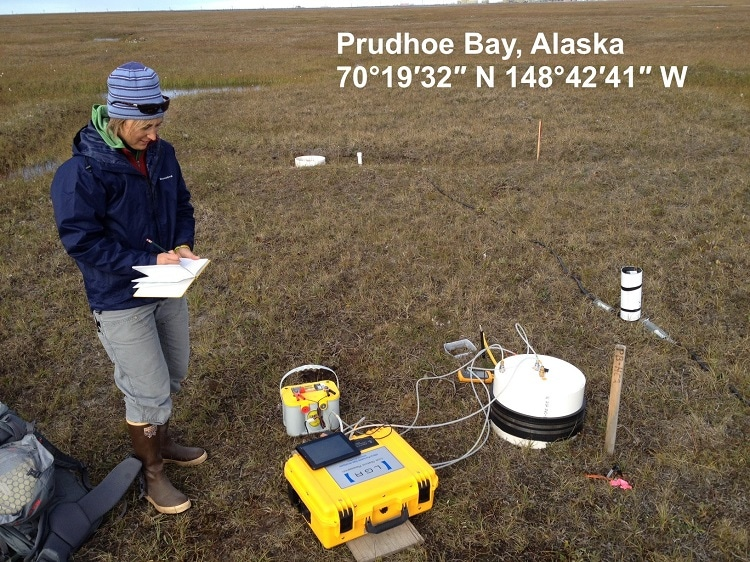 ABB LGR-ICOS Ultraportable Greenhouse Gas Analyzer used for soil flux measurement in Alaska oil field