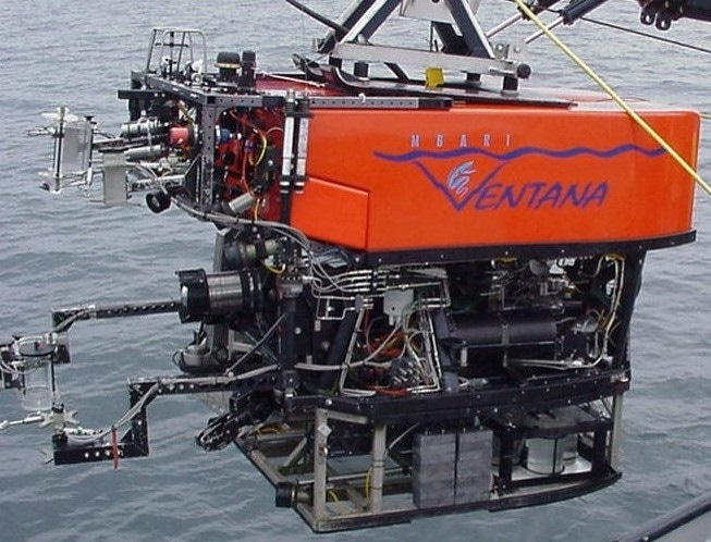 """The Remotely Operated Vehicle """"Ventana"""" features an ABB LGR-ICOS Deep Water Gas Analyzer in aluminum cask cylinder with sampling wand that was used to perform isotopic characterization of methane flux from seep sediments at 900m depth."""