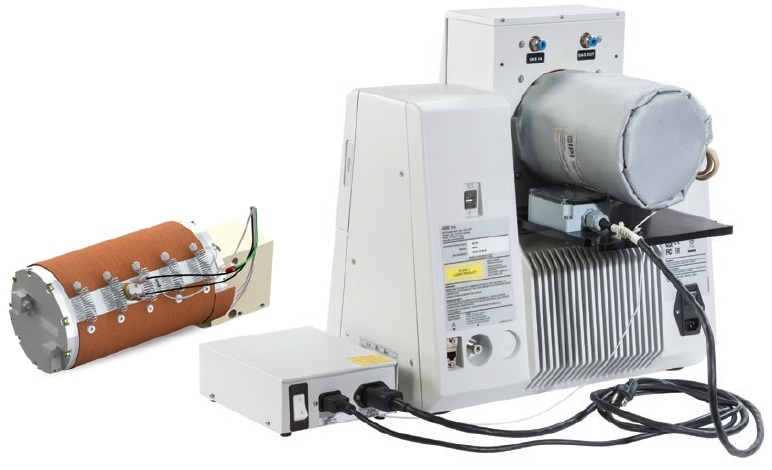 ABB MB Series heated gas cell: process version (left) and laboratory version (right).