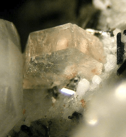 Arisite from the Aris phonolite, Namibia. FOV: 2 mm.