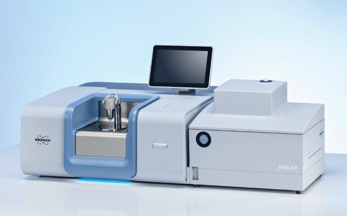 HTS-XT high throughput accessory with INVENIO S spectrometer.