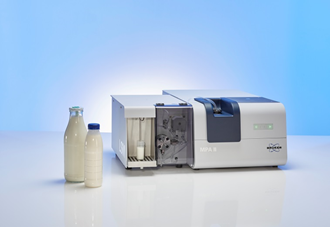 Analysis of milk and liquid milk products with the FT-NIR spectrometer MPA II in combination with the liquid sample module LSM.