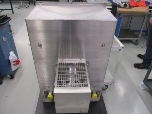 Heat transfer device with fan