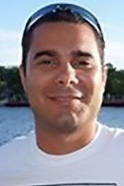 Dr. Juan Araneda