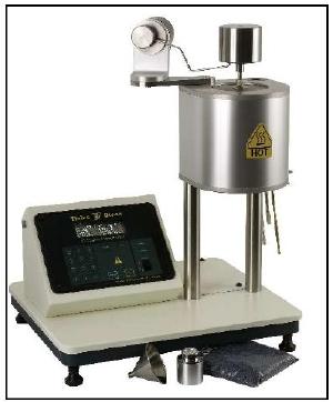 Tinius Olsen model MP600 shown in Procedure B configuration