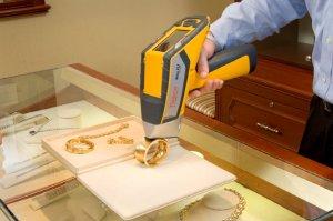 Jewelry analysis using a Thermo Scientific Niton XL2 analyzer