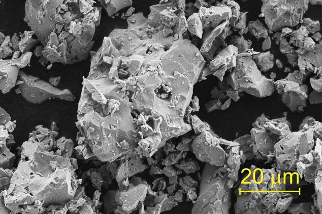 Scanning electron microscopy photograph of a freshly prepared Ga0.9Fe3.1N sample.