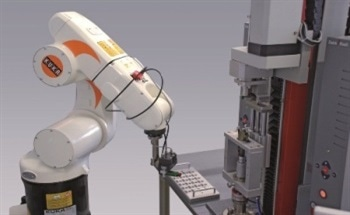 Automated Handling Of Testing Specimens Using Robots