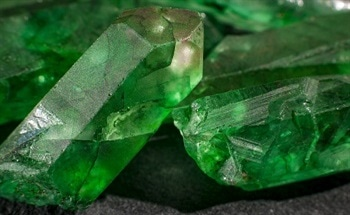Determining Gemstone Authenticity with Laboratory Analysis