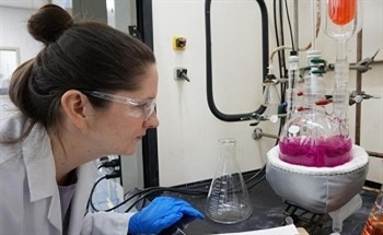 How to Ensure Safety for Fine Chemical Custom Manufacturing