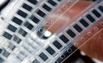 A Guide to Selecting the Right Resistor for Your Application