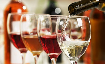 Measuring Preservatives and Organic Acids in Wine and Spirits