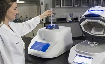 Sample Homogenization Before Fat Analysis in Food and Feed withNMR Technology