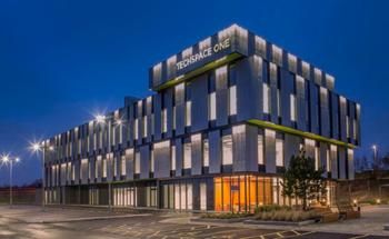 Take a Virtual Tour of Hitachi's Cutting-Edge Electron Microscopy Lab