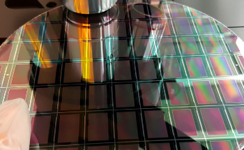 Correcting the Visual Quality of MicroLED Displays for Efficient Production