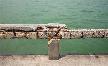 Fiberglass Structural Components Protect Against Corrosion in Salt Water Environments