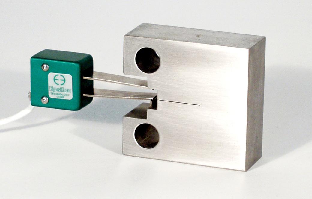 Epsilon MODEL 3541 Fracture Mechanics Clip-On Gages