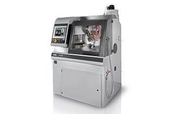 5-Axis Cutting Robot - Qcut 430 bot