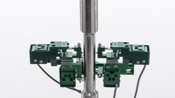 Measuring Axial and Torsional deflections with the 3550 Axial/Torsional Extensometers