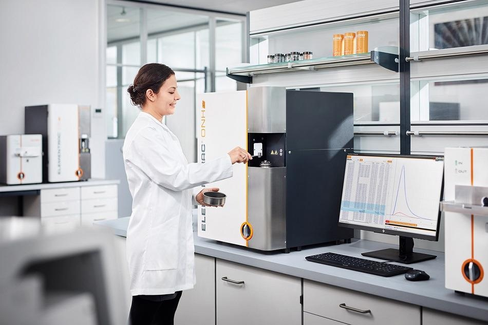 Rapid and Reliable Oxygen / Nitrogen / Hydrogen Analysis in Solid Samples