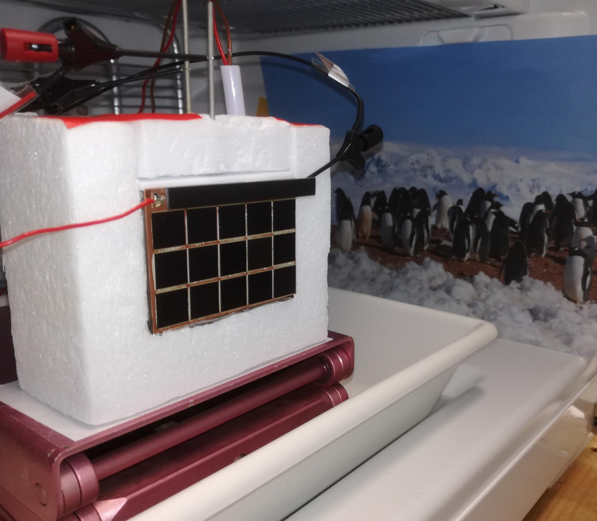 New Approach to Produce Hydrogen at the South Pole Using Sunlight.