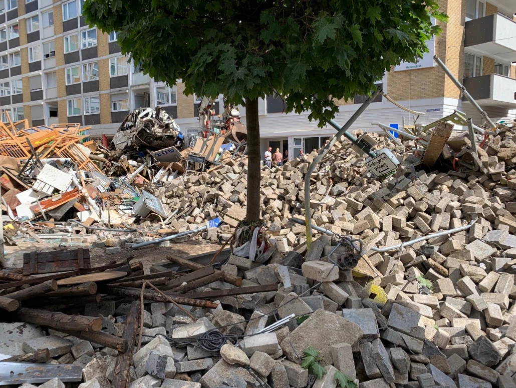 KNAUER Donates 15,000 Euros for the Victims of Germany's Flood Disaster