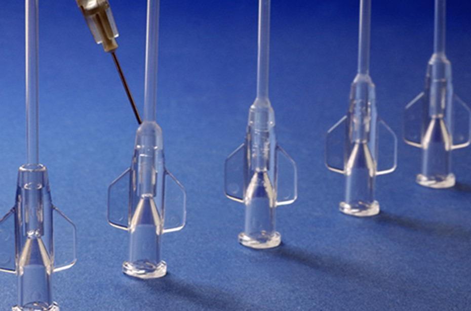 New biocompatible UV adhesive for soft plastics