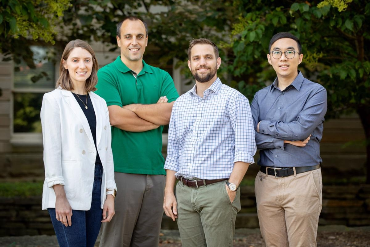 Sustainable Water-Resistant Coating Made Using Ultrathin Self-Healing Polymers.