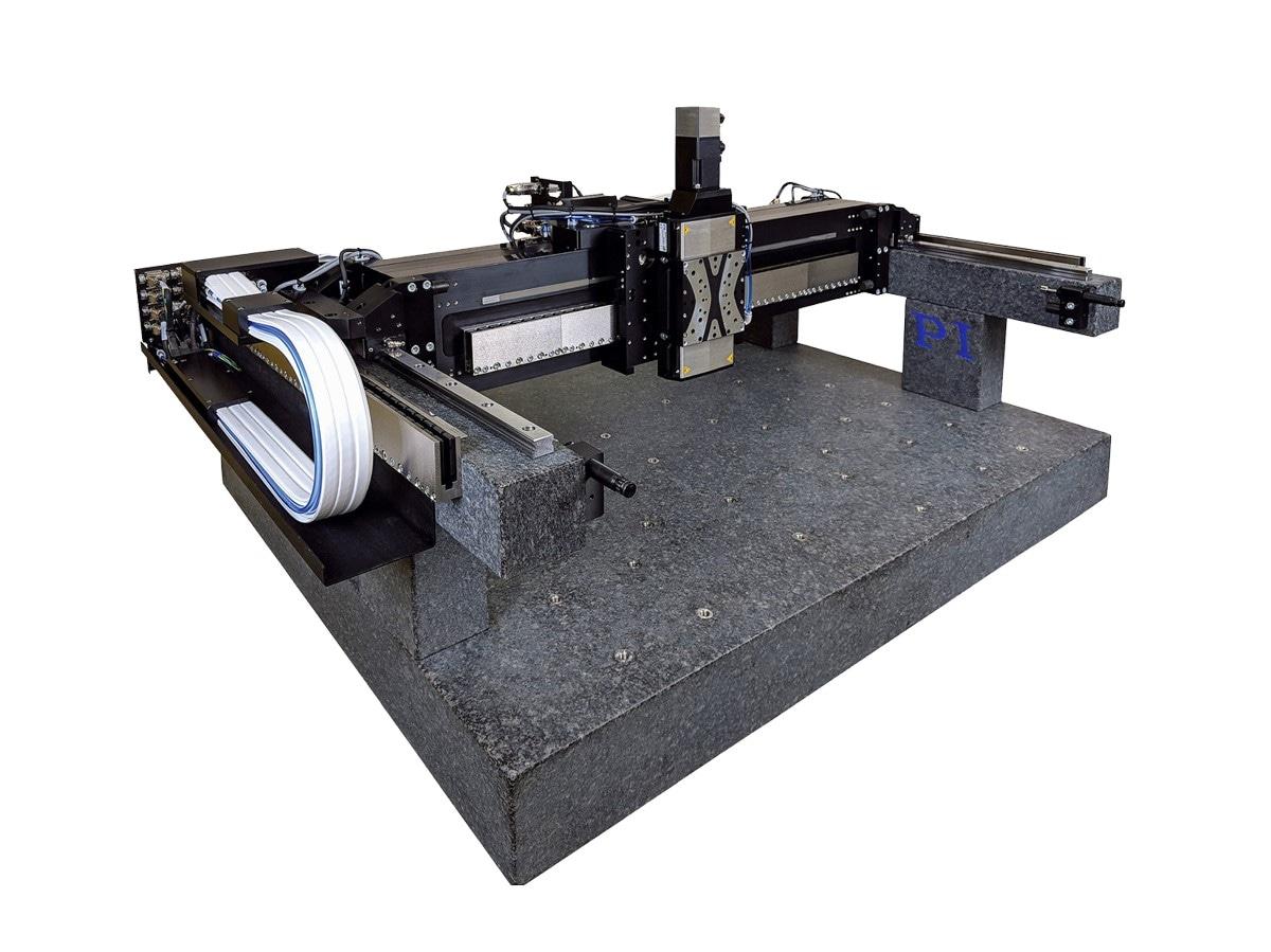 Mechanical Gantry System Provides High Speed, Precision