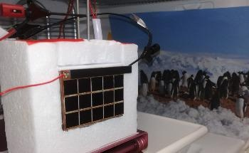 New Approach to Produce Hydrogen at the South Pole Using Sunlight