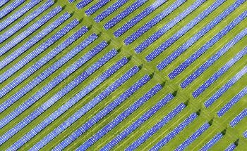 One-Sided Nanotexturing Increases Efficiency in Solar Cells