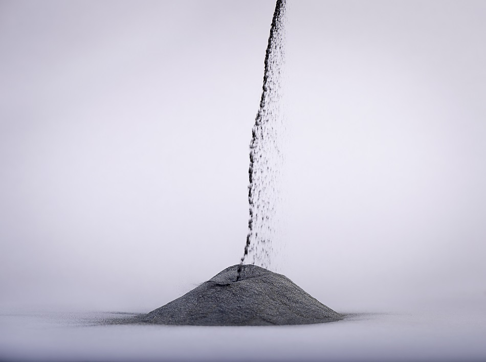 Characterizing and Optimizing the Particle Size and Shape of Metal Powders for Additive Manufacturing